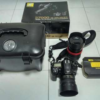 Nikon D7000 Kit w/extra Lens 18-105mm