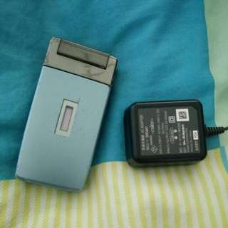 Sharp 904sh 藍色手機