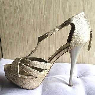 Banting Harga!!! Preloved Heels dari USA Size 37