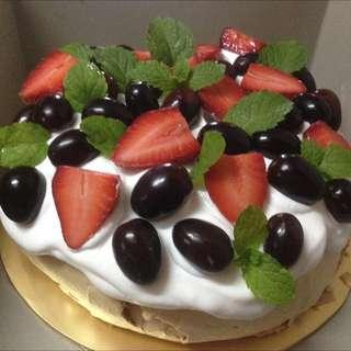 Pavlova Cake ☁️
