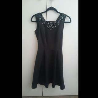 Review Black Beaded Dress Size 6