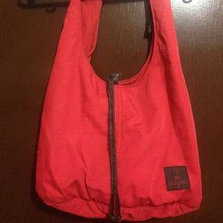 Pre-Loved Heartstring Red Shoulder Bag