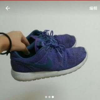 降價!!!Roshrun #五百元好女鞋 附特殊鞋底清潔劑