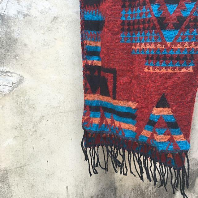 民族風 圖騰 羊毛 大 圍巾 二手 古著 復古 秋裝 打折 折扣 特賣