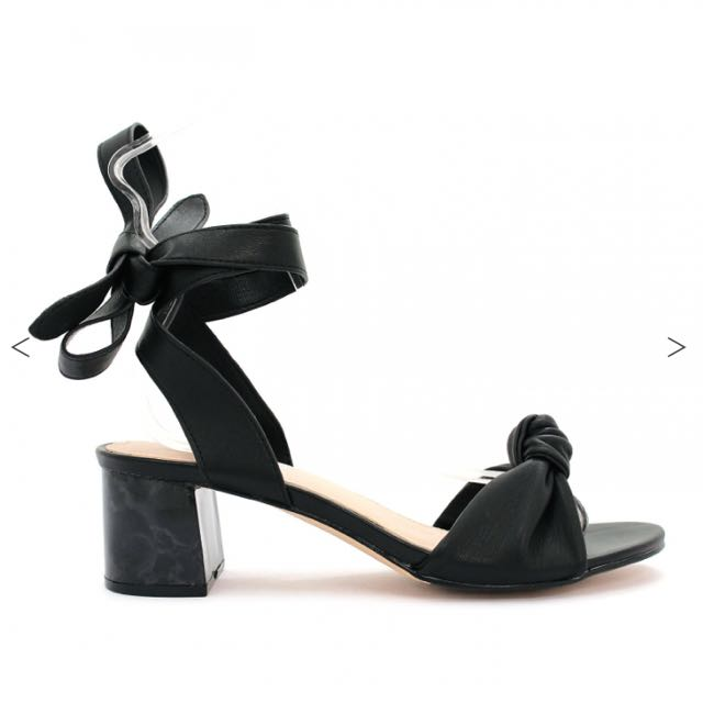 BRAND NEW BETTS Sandals SIZE 6