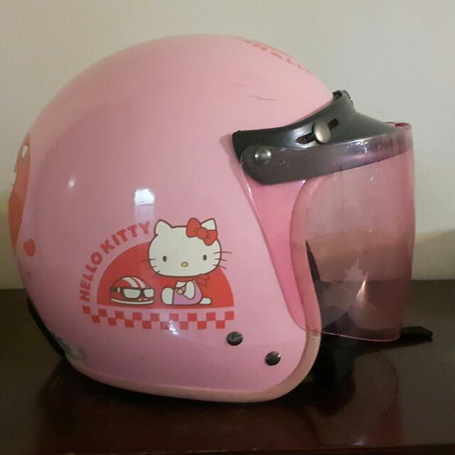二手!Hello Kitty安全帽