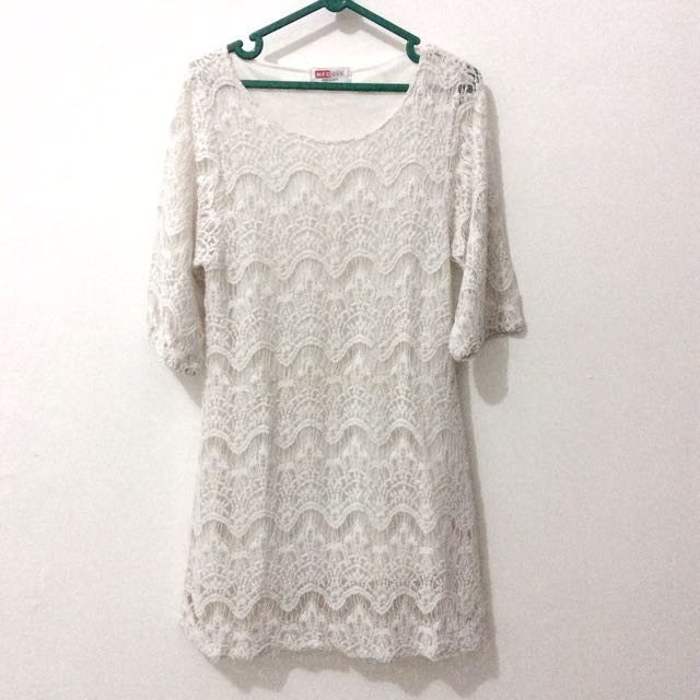 REPRICE! Embroidery Mid Dress Putih