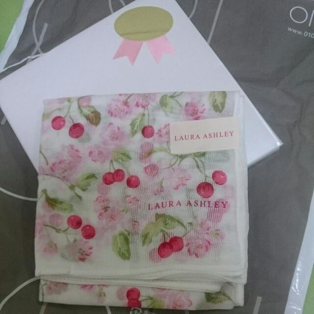 日本買的LAURA ASHLEY 日本製100%綿正方型手帕櫻桃圖
