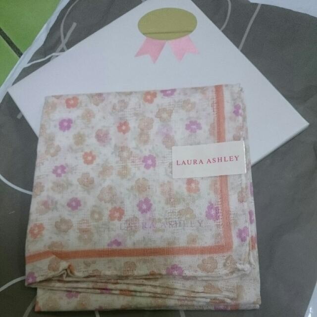 日本買的LAURAASHLEY 日本製100%綿正方型手帕小花圖