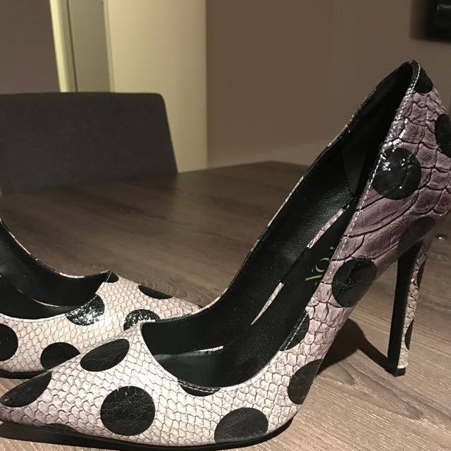 Paper Fox Pumps