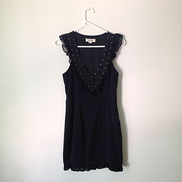 Silk dress. Size 6-8 AUS