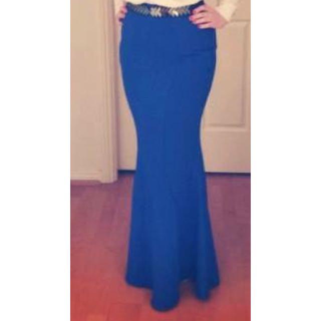 Size 12 Sheike Skirt