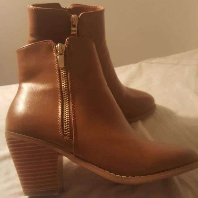 Tan Ankle Boots Size 6