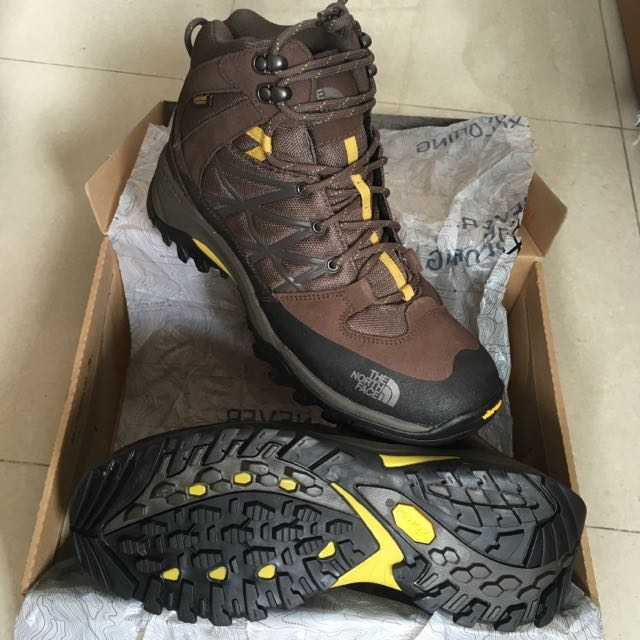 b2806a5bb New and Unused AUTHENTIC The North Face Men's Storm Mid Wp