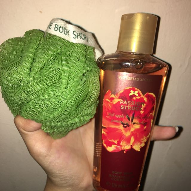 VS body wash & Body Shop puff