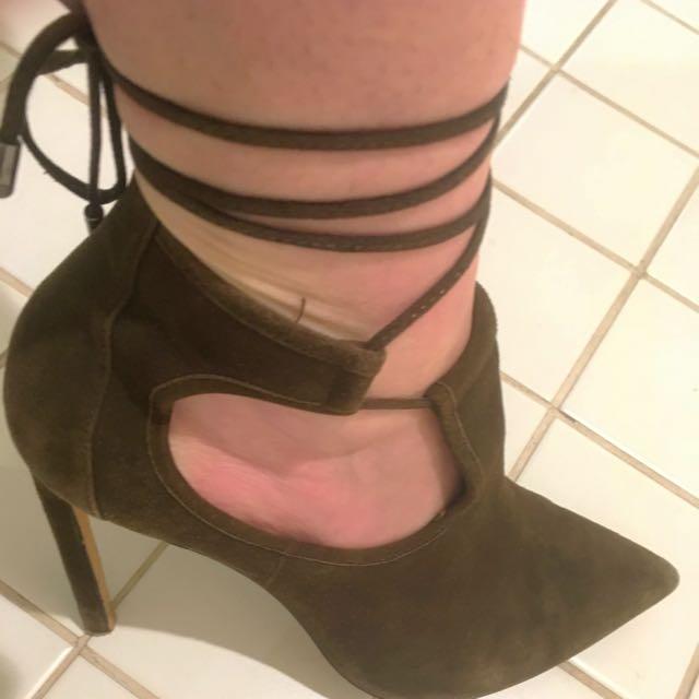 """Wittner """"Udella"""" Suede stiletto Heel Size 39 *PRICE REDUCTION*"""
