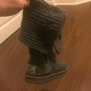 Grey Knitted Uggs Size 7