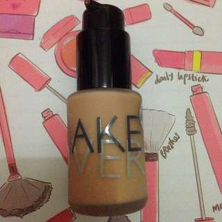 MAKEOVER Ultra Cover Liquid Matte Foundation