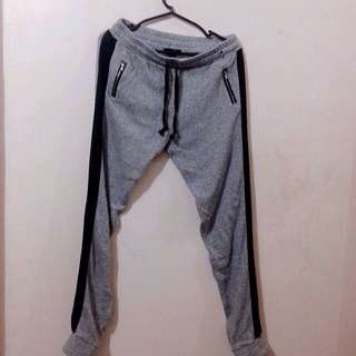[RESERVED] H&M Jogger Pants Unisex Pre-loved