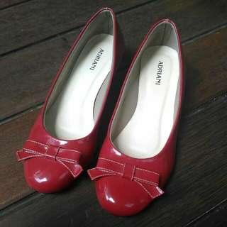 [Preloved] Sepatu Merah Size 39