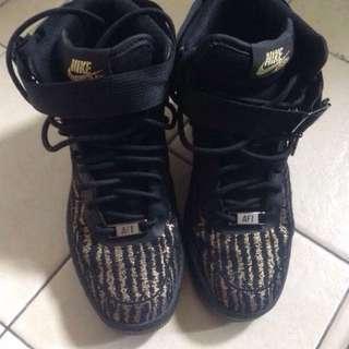 Nike Lunar Air Force 1 Size 36