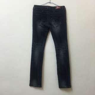 伸縮窄管小直筒牛仔褲