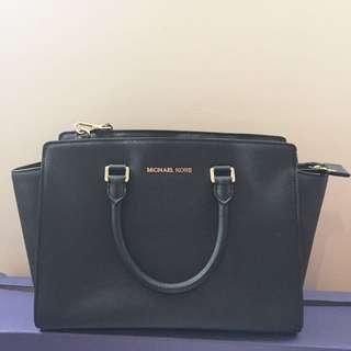 Michael Kors Selma Large Tote Bag