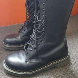 Doc Martens 1914 Boots Black