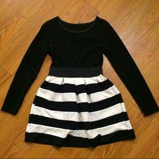 長袖黑白條紋蓬裙洋裝