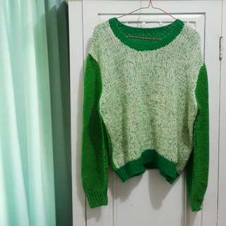 Green Tricolor Sweater (UNBRANDED)