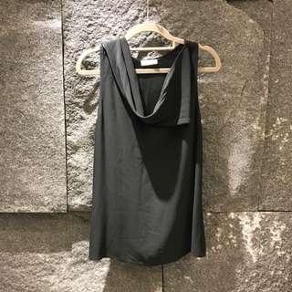 EMPORIO ARMANI黑色絲質削肩背心(40)