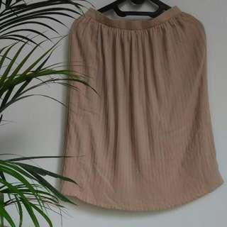 [Preloved] Shopatvelvet Creme Skirt