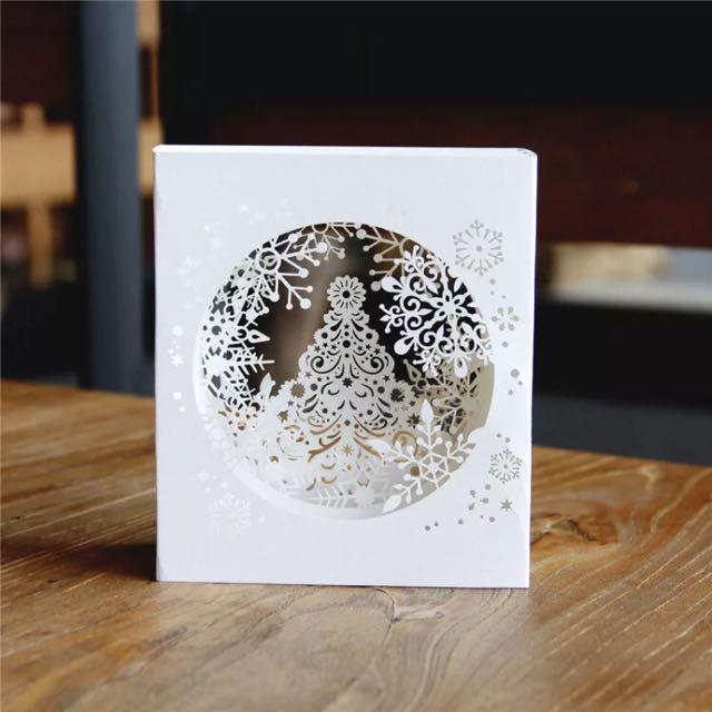 立體雕花剪紙雪花飄聖誕卡片