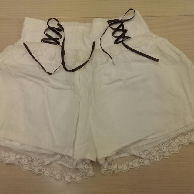 綁帶白色褲裙
