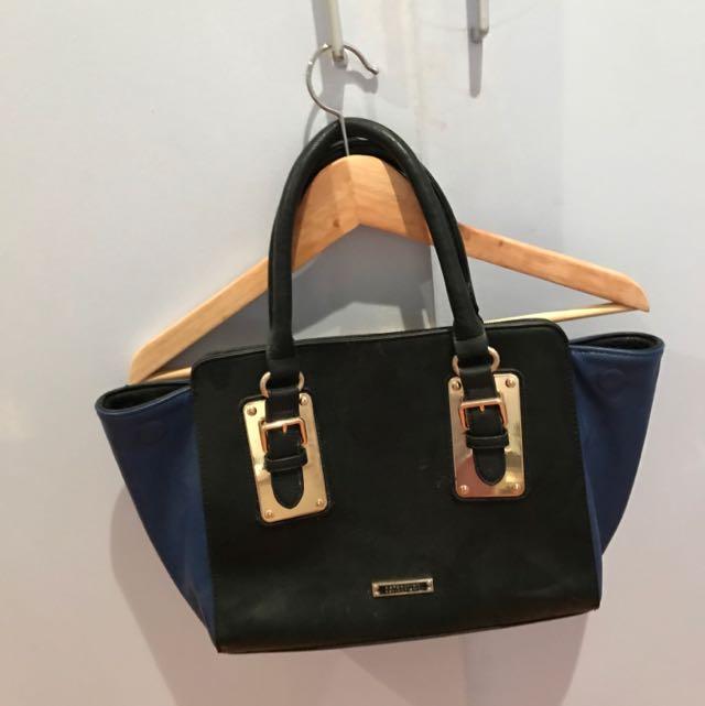 AUTHENTIC kardashian Kollection Bag
