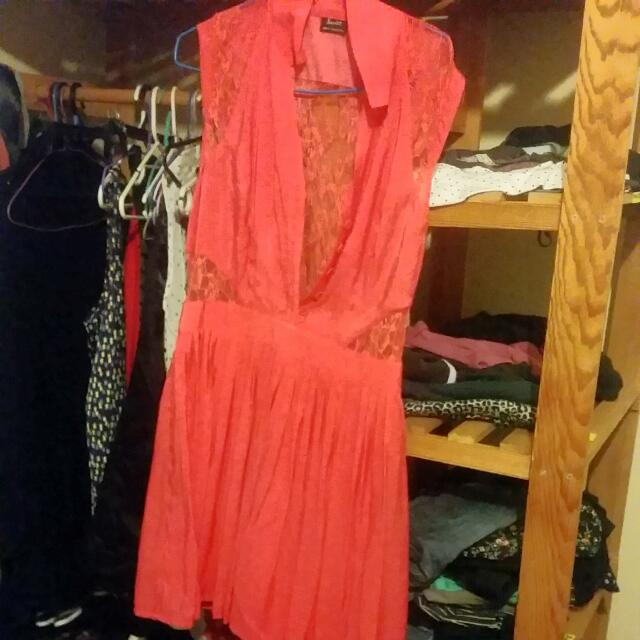 Bardot Coral Knee High Dress BRAND NEW (Size 14 AUS)