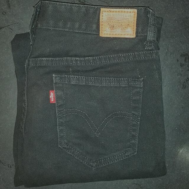 Black Levi's Skinny Jeans Size 9