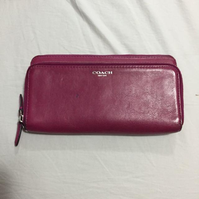 Coach Wallet - Magenta Pink