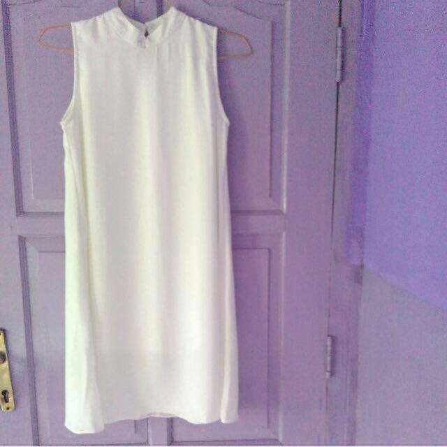 Dress White No Brand