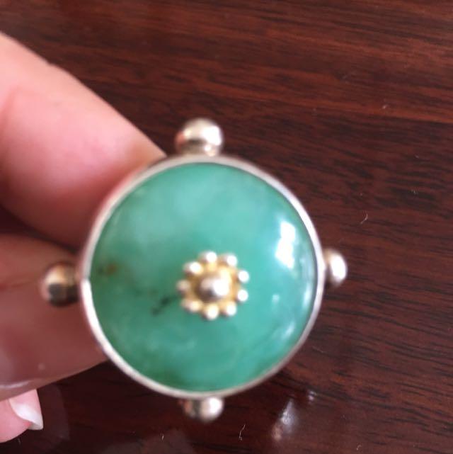 Fiorina Round Fishband Ring