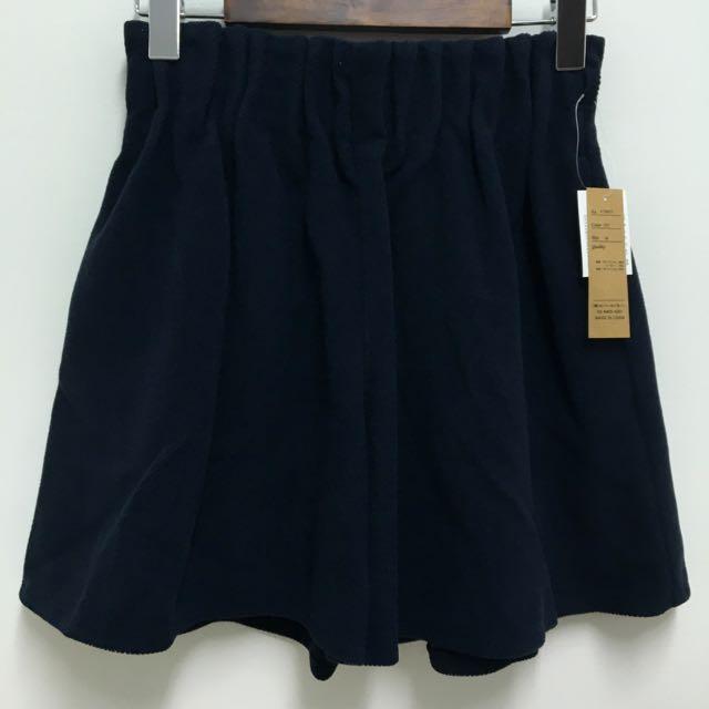 日本販售folklore 服饰 素面毛尼短裤裙