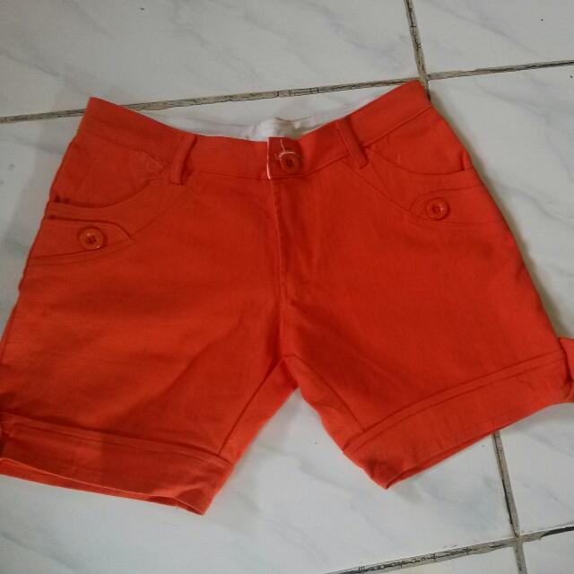 Hotpants orange CLC