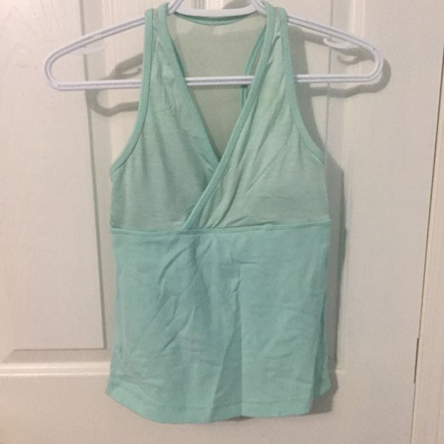 Lululemon workout Tank Size 2