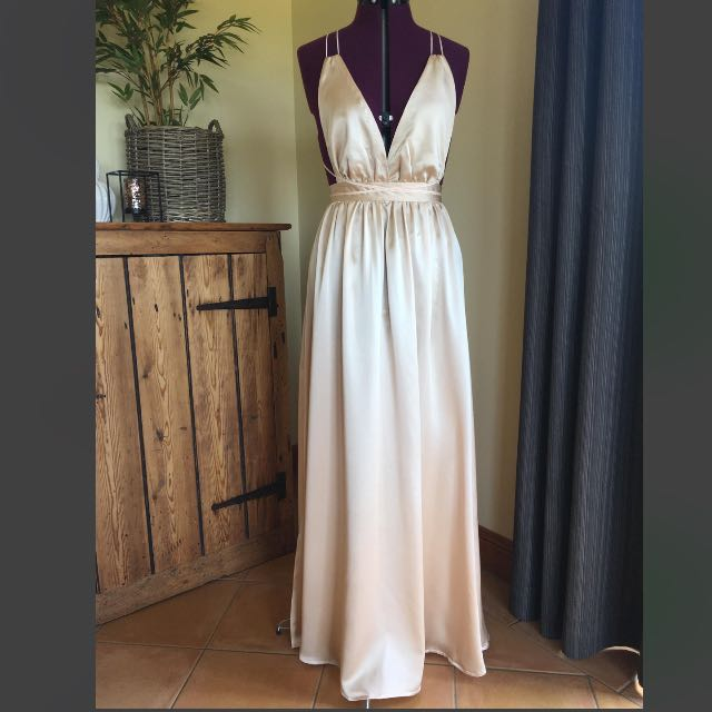Natalie Rolt Katey/Blossom Gown Look-a-like