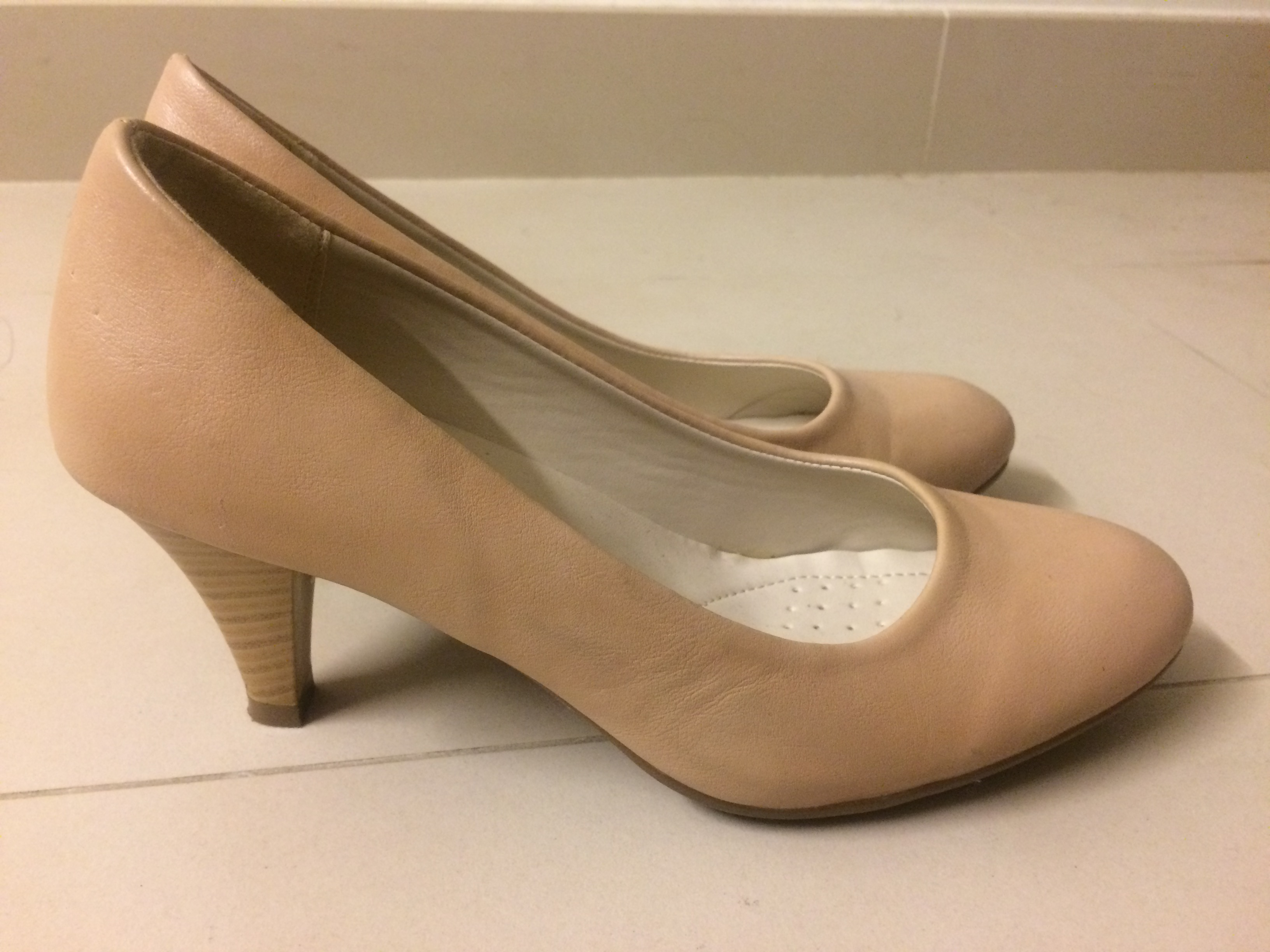 e821dd62e nude color shoes, Women's Fashion, Shoes on Carousell