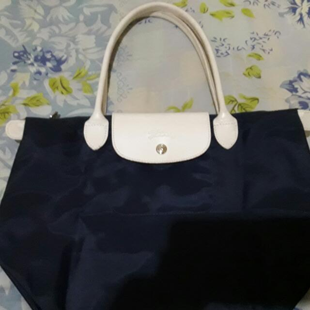 c4084e3005ff Pre-loved Authentic Longchamp SARAH MORRIS