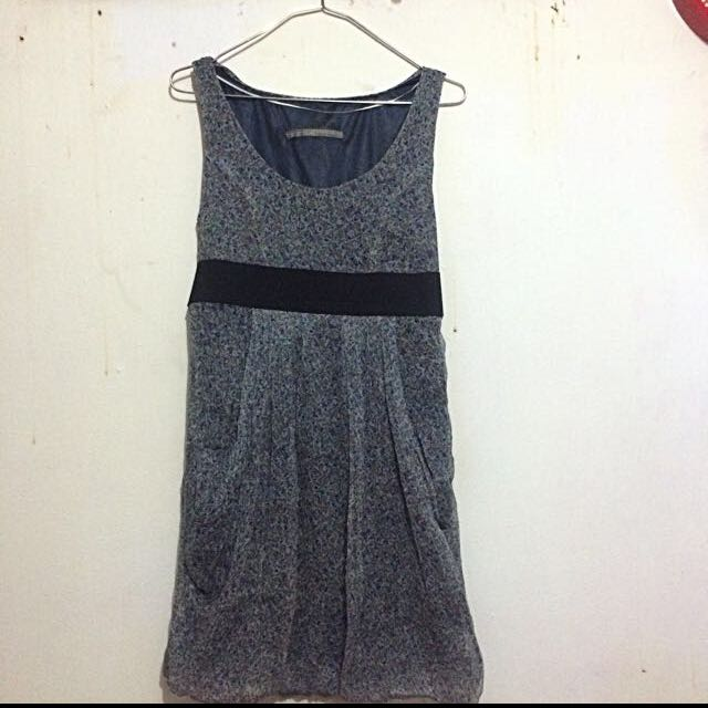 [Preloved] Zara Midi Dress