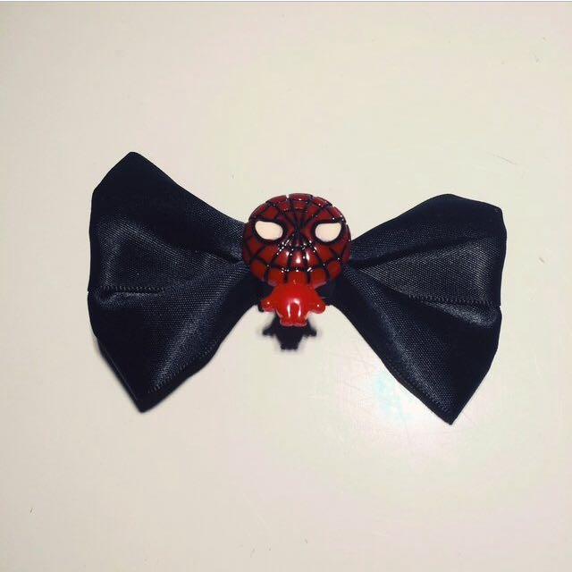 8e065de40686 SPIDERMAN Hair Bow Clip, Women's Fashion, Accessories on Carousell
