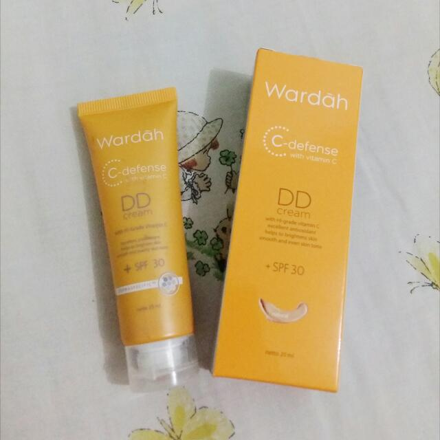 Wardah DD Cream with SPF 30 (Natural)