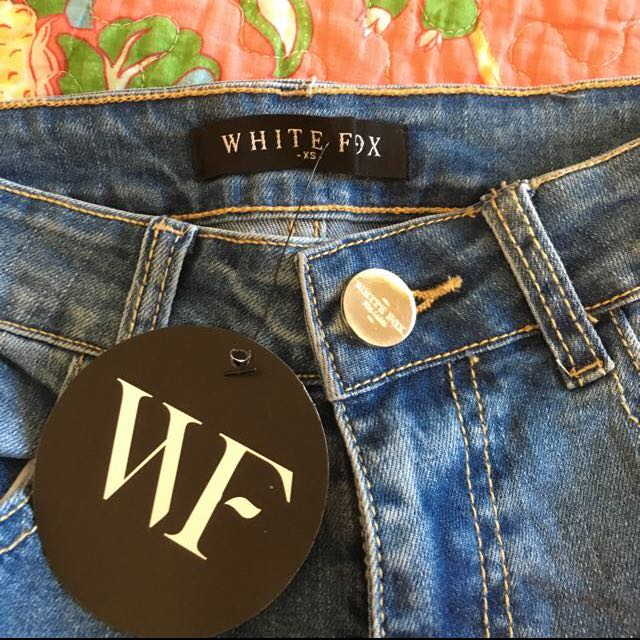 Whitefox Boutique Distressed Skinny Jeans